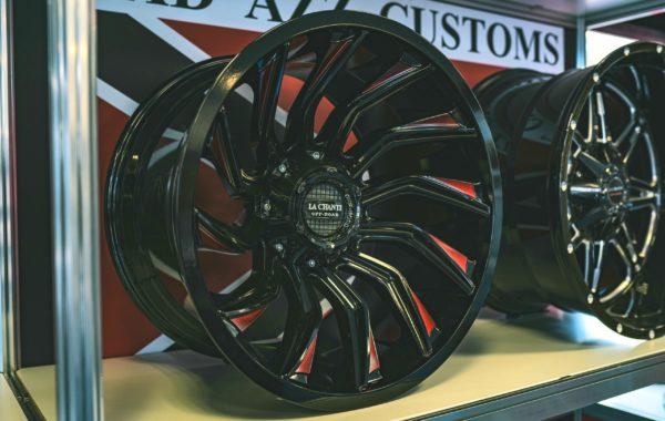 LC-OF12 Red 12×20 5×139.7 / 6×139.7  ET -25 Preis pro Stück: 749,00€