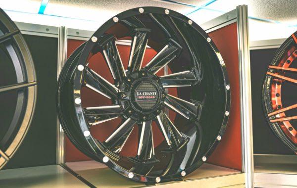 LC-OF10 12×20 5×127 / 5×139.7 / 6×139.7 / 6×135  ET -44 Preis pro Stück: 599,00€