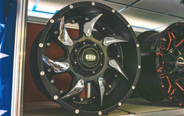 GD1 Black/Chrome 10×20 5×127 / 5×139.7 / 6×135 / 6×139.7  ET -25 Preis pro Stück: 729,00€