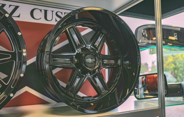 LC-OF16 Black 12×22 5×127 / 5×139.7 / 6×135 / 6×139.7  ET -44 Preis pro Stück: 849,00€