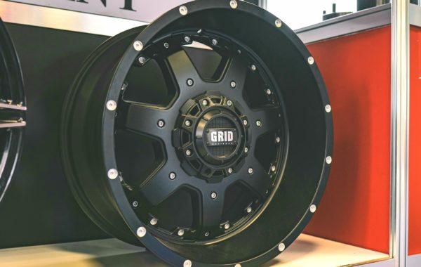 GD1 Black 10×20 5×127 / 5×139.7 / 6×135 / 6×139.7  ET -25 Preis pro Stück: 699,00€