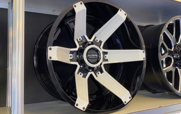LC-OF16 White 12×22 5×127 / 5×139.7 / 6×135 / 6×139.7  ET -44 Preis pro Stück: 899,00€