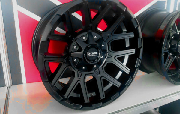 LC-OF2 Schwarz 10×20 5×139.7 / 6×139.7 / 6×135  ET -19  Preis pro Stück: 599,00€