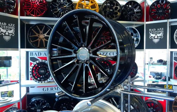 LC-P12 schwarz 9×20, 10.5×20, 9×22, 10.5×22 5×112 / 5×120  Preis pro Stück: ab 499,00€